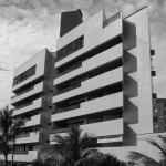 1990 – Edifício Areias Brancas, 1.800 m² – Caiobá-PR – Arquiteto co-autor Paulo Pacheco