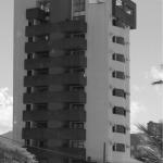 1994 – Edifício Veleiros do Sol, 2.800 m² – Caiobá-PR – Arquiteto co-autor Carlos França