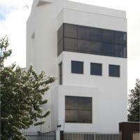2002 – Sede própria do Escritório de Arquitetura,150 m² – Curtiba-PR – Arquiteto co-autor Paulo Pacheco